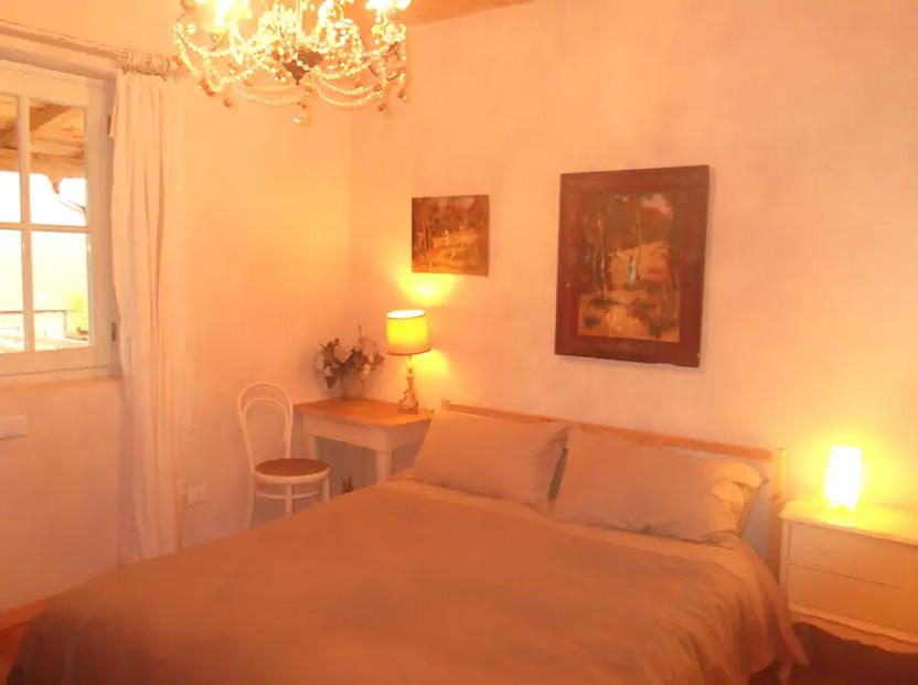 Private room in Organic Farmhouse Italy 4 ערב ראש השנה האזרחית – מקומות אירוח מיוחדים