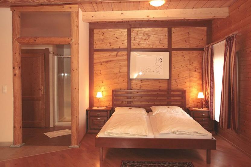 Private room in nature lodge Austria 2 ערב ראש השנה האזרחית – מקומות אירוח מיוחדים